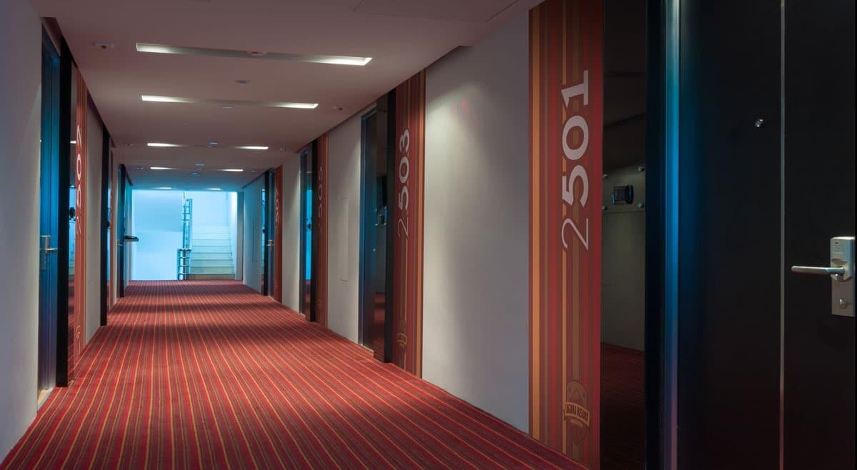 Papier peint sur mesure LGD01 Signalétique hôtel et numérotation des chambres