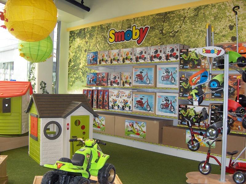 Papier peint sur mesure LGD01 Décor en espace de vente / SMOBY toys